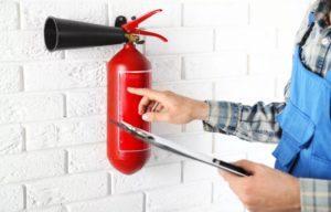 Как контролировать давление в огнетушителе
