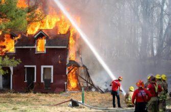 Огнетушащие свойства воды - что можно тушить, а что нельзя