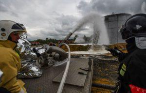 Как потушить нефть