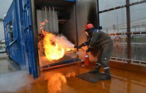 Тушение воспламененных электроустановок на объектах энергетики