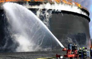 Как потушить резервуары с нефтепродуктами